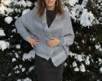 Xania - the fluffy comfortable cardigan by Stilista Karlotta