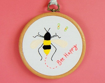 Bumble Bee Gift, Bee Happy Embroidery, Honey Bee Decor, Bee Keeper Gift, Bumble Bee Decor, Bee Wall Hanging / Custom Hand Embroidered Hoop
