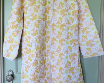Vintage Robe, Leisure Robe, Quilted Robe, Robe, Button Up, Yellow, House Robe, Vintage, Lounge wear, Leisure wear, House Coat
