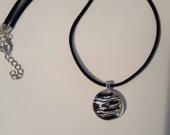 Black and white glass gemstone suede necklace/pendant zebra stripes