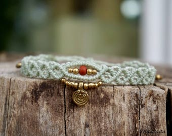 Macrame bracelet in mint Green