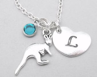 Kangaroo heart initial necklace | kangaroo necklace | kangaroo pendant | personalised kangaroo necklace | kangaroo jewelry | birthstone