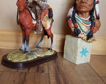 2 Native American Chiefs Art Décor Figurines