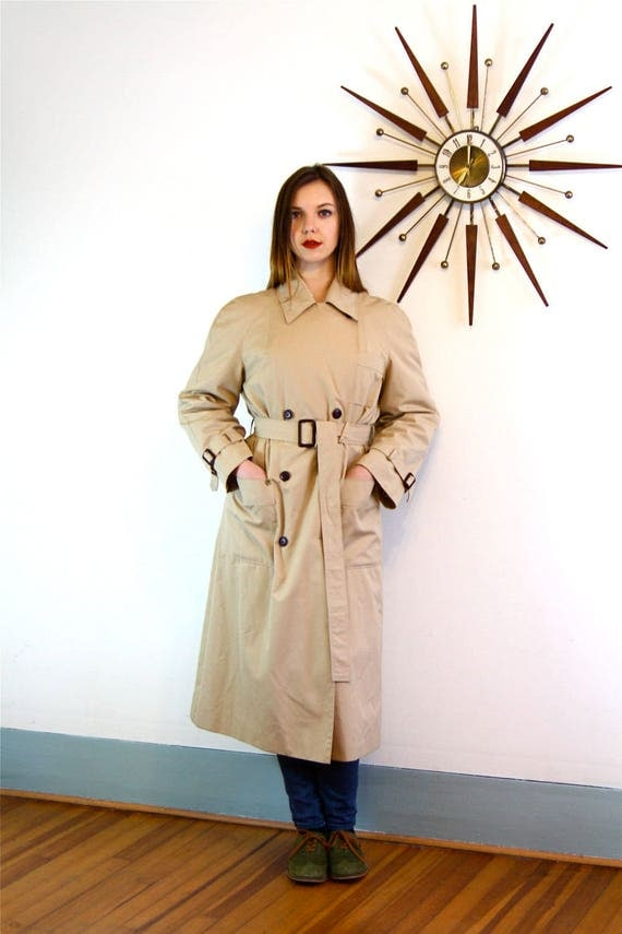 Vintage 70s Etiene Aigner Trench Coat Tan Ladies Womens Khaki Long Rain Jacket Belted Leather Buckles Light Brown 1970s Unisex Beigh Trench
