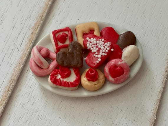 Miniature Cookies, Heart Cookies, Cookie Platter, Style 3, Dollhouse Miniatures, 1:12 Scale, Mini Food, Sweets
