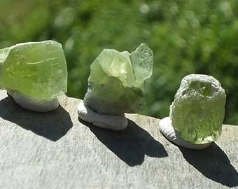 Green Peridot Crystal Points, x3, High Grade Chrysolite Olivine, Untreated, Natural Minerals, 3.3g 10-12mm Virgo, Leo, Scorpio, Sagittarius