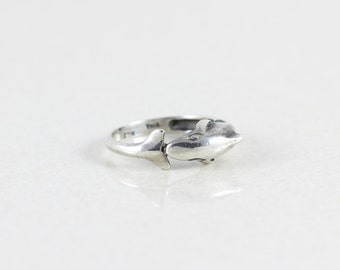 Sterling Silver Dolphin Ring size 7 1/2
