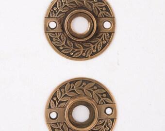 Antique Laurel Bronze Rosettes 530026
