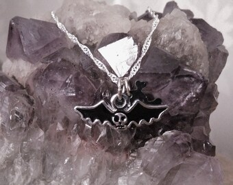 Necklace Bat and Skull Goth Gothic Rocker Rock Chick Dark Cute Kawaii Lolita Wicca Emo Metal Creepy