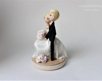 Wedding Custom Cake Topper Figurine Bride Groom Clay Doll Wedding Keepsake rustic Caketop Wedding Decoration Polymer Clay Cake Topper