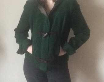 90s wooden toggle hooded dark forest green bomber winter puffy coat kitsch hipster deep green small S medium M