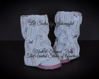 Crochet Baby Shoes, Knit Baby Shoes, Baby Shower Gift, Knit Baby Boots, Gray Baby Shoes, Baby Girl Shoes, Baby Girl Booties, Gray/Pink