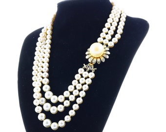 Italian vintage necklace 3 strands cascade of pearls Bijoux Cascio, Florence 1970s