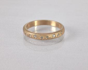 Unique Wedding Ring , Bezel Set Diamond  Ring, Matte gold Wedding Band, Bark Gold Ring, Vintage Wedding Ring,  Engagement Ring,  Anniversary