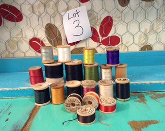 Large lot of vintage wooden thread spools