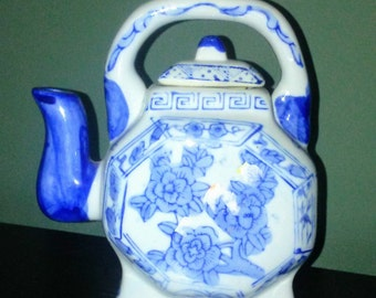 New Oriental Blue and White Ceramic Teapot