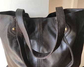 Tan soft leather tote bag. Classictimeless shoulder tote