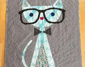 Cat in glasses quilt, Hipster cat quilt, Blue gray quilt, Cat quilt, Gender neutral quilt, Boy quilt, Crib quilt, Toddler quilt, boy gift