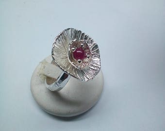 water lily flower ring cabochon Ruby made of Silver 925