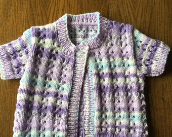 Handknitted short-sleeved Girl's cardigan 3-6 months