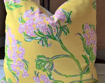 Lilly Pulitzer for Lee Jofa Racy Lacey Dandelion Yellow 100% Cotton Throw Pillow, Decorative Pillow
