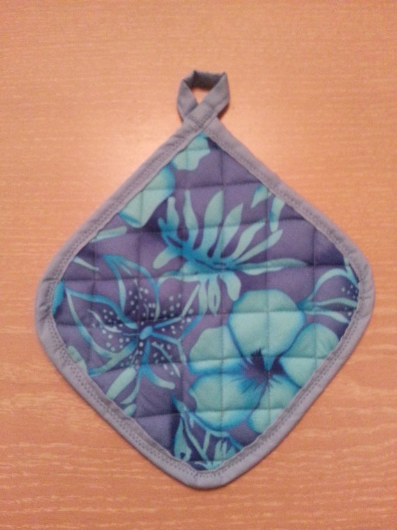 "Handmade "" Purplish-Blue Hawaiian Flower Print "" Potholders"