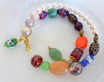 Bracelet, Memory Wire Bracelet, Pearl Bracelet, Colorful Bracelet, Pearl bracelet