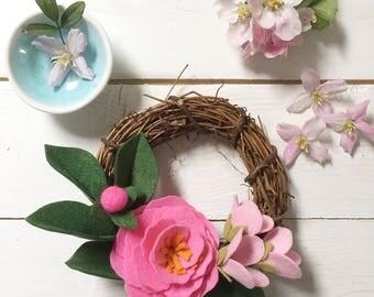 Tutti-frutti mini wreath