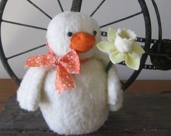 Spring Decoration - Easter Decoration - Duck Shelf Sitter