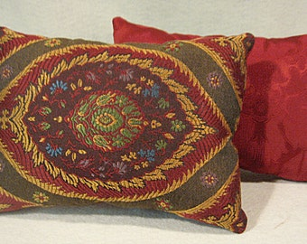 Red Tapestry Pillow, Set of 2 Pillows, Red Paisley Pillow, Red and Gold Pillow, Red Pillow Set, Paisley Tapestry Pillow, 7x10 Pillow