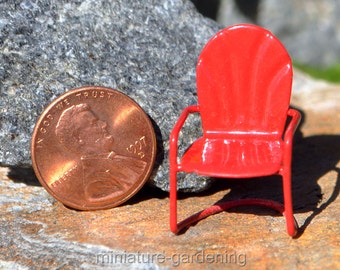 Micro Retro Lawn Chair for Miniature Garden, Fairy Garden