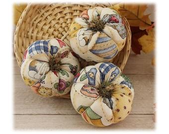 Country Pumpkins Bowl Fillers Calico 3-Set Cupboard Tucks Primitive Autumn