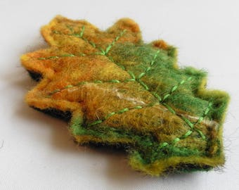Autumn Oak Leaf Brooch - Hand felted