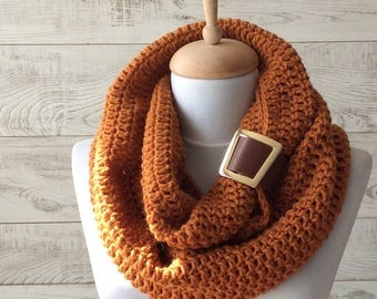 Scarf, infinity scarf, leather cuff scarf,  Knit Scarf, women scarf, circle scarf, chunky scarf Many Colors FAST DELIVERY