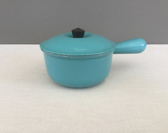 Vintage Le Creuset Enamel on Cast Iron Saucepan with Lid - Robins Egg Blue Enamelware - Vintage Cookware Pot - #14 - Made in France