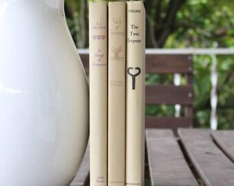 Cream Books, Vintage Books, Decorative Books, Antique, Vintage Collection, Book Décor, Wedding Decor, Home Decor, Centerpiece, Office Décor