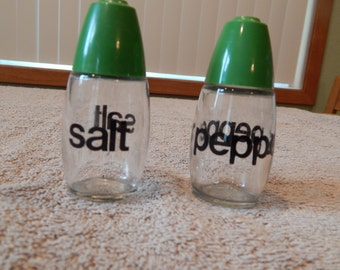 Gemco Clear Salt and Pepper Shakers - Green Lid
