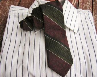 Dark red, green and black diagonal striped tie, Vintage neckties, Ties, Neckties, Mens Necktie, Vintage Tie, Vintage necktie, Free Shipping