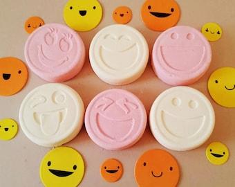 Emoji Bath Bomb Set full of fruity Cherry, Lemon and Lime flavours - Emojibombs - Smilers, smileys, emojis for bath time Spa fun