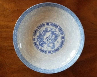Beautiful blue and white dragon bowl // Chinese dragon // cloud // Asian bowl // blue and white // dragon
