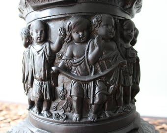 Large Black Goth Baroque Style twycupVintage Lamp with Cherubs