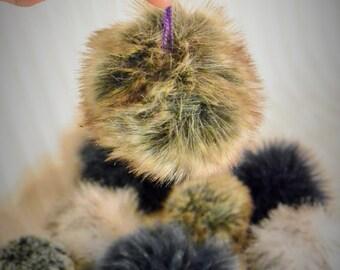 Recycled fur Pompom