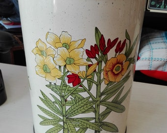 Flowered Large tin
