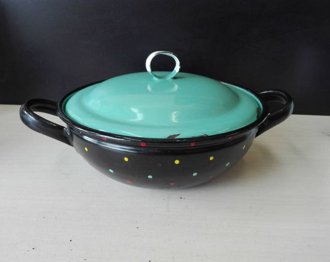 Enamel black pan