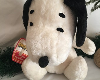 Vintage Snoopy Stuffed Animal, Vintage Plush Toy, Knickerbocker, United Features Syndicate 1968