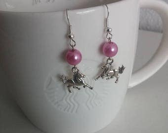 Girley earrings with ponies and beads