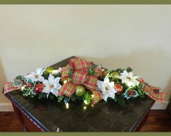 Pre Lit Christmas Mantle Centerpiece, Lighted Christmas Centerpiece, Country Christmas Centerpiece