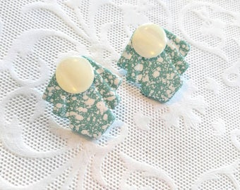 RETRO SPLATTER Vintage Earrings with Faux Shell/Mother of Pearl Button-Teal/Turquoise/Green/White-All Orders Only 99c Shipping!!