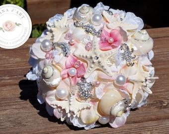 Beach wedding bouquet, Sea shells brooch bouquet, pastel pink and vanilla bridal brooch bouquet