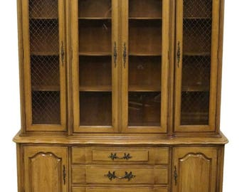"THOMASVILLE Tableau French Provincial 62"" China Cabinet 701-29"